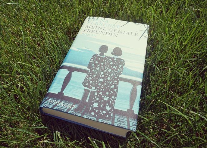 Rezension: Meine geniale Freundin von Elena Ferrante
