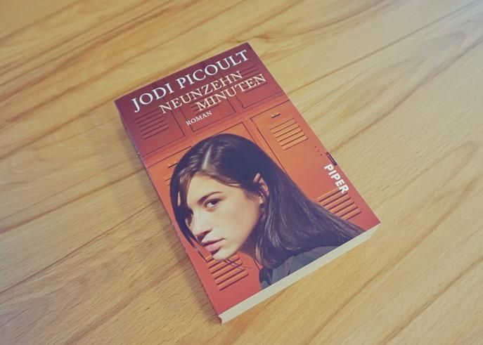 Rezension: Neunzehn Minuten von Jodi Picoult