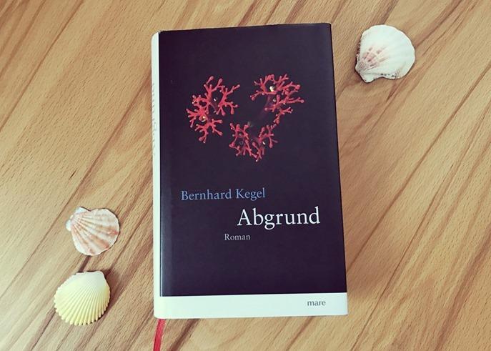 Rezension: Abgrund von Bernhard Kegel