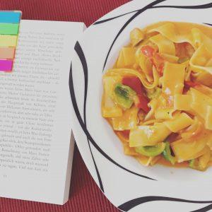 Mittagessen im Homeoffice ein bisschen Farbe fr den Tag Nebenbeihellip