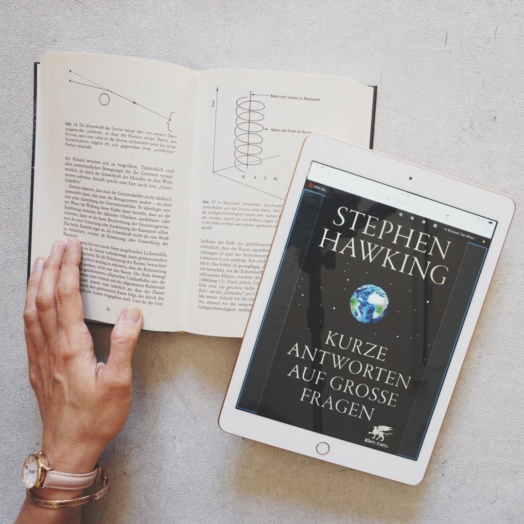 Rezension: Kurze Antworten auf große Fragen von Stephen Hawking