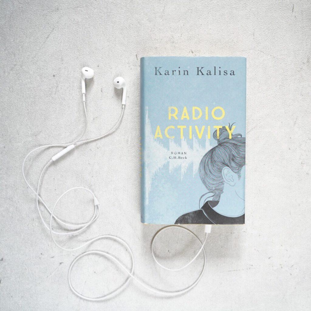 Rezension: Radio Activity von Karin Kalisa